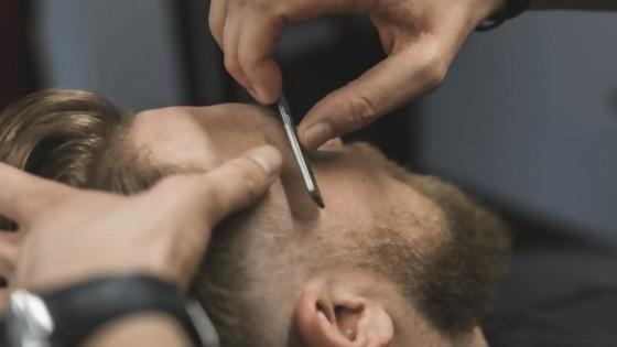 Barbero botarate — De qué te reís: Diego Bello — Más Temprano Que Tarde | El Espectador 810