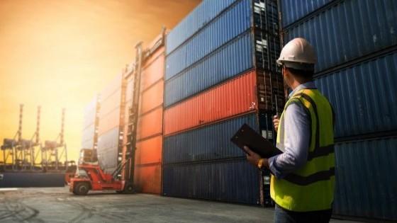 En junio se dio la quinta caída consecutiva de las exportaciones, con una baja del 2.9% — Economía — Dinámica Rural | El Espectador 810