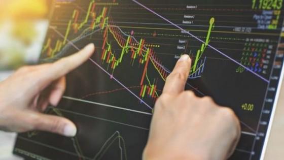 Mercados: Sube el dólar, haciendas con alzas moderadas, y la soja en Nueva Palmira entre 325 y 330 dólares — Mercados — Dinámica Rural | El Espectador 810