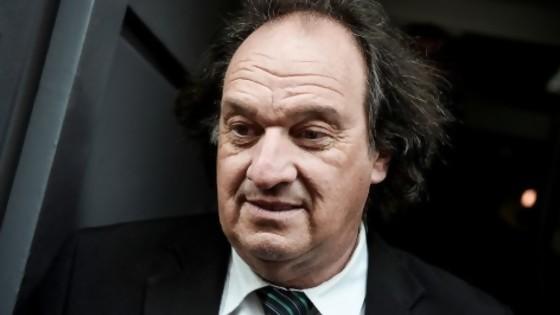 Eduardo Lust denuncia penalmente a Vázquez y a su gabinete por contrato con UPM — Informes — No Toquen Nada | El Espectador 810