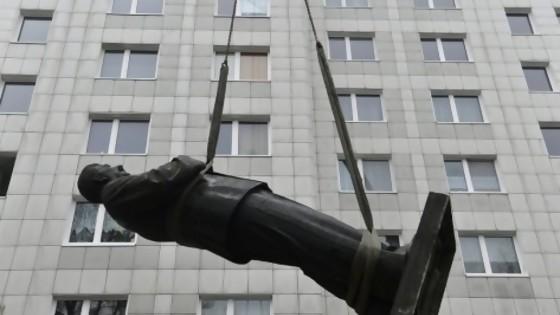 Historias de estatuas derribadas y en qué sentido Lacalle Pou es como Mujica — NTN Concentrado — No Toquen Nada | El Espectador 810