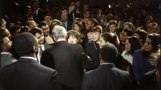 Lewinsky, Clinton y una foto que tuvo que esperar dos años para hacerse famosa — Leo Barizzoni — No Toquen Nada | El Espectador 810