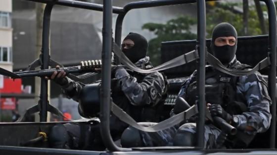 Milicias y narcotráfico dominan el 74% de Río de Janeiro  — Denise Mota — No Toquen Nada | El Espectador 810