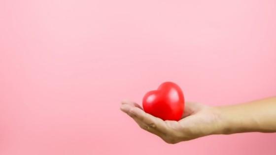 Con el corazón en la mano  — Taller de educación sexual — Bien Igual | El Espectador 810
