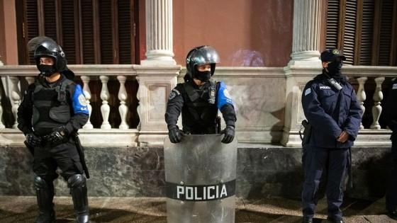 Sindicato policial pedirá un protocolo de actuación ante aglomeraciones — Entrevistas — Primera Mañana | El Espectador 810