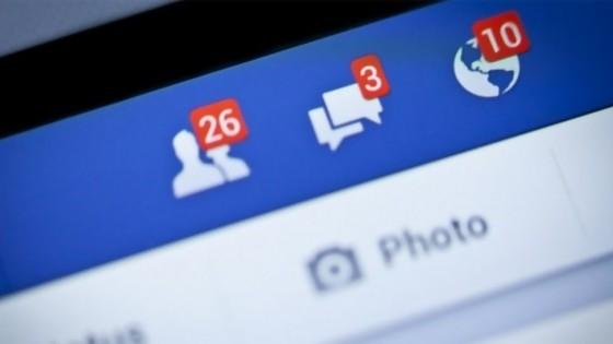 Facebook: la nueva tía vieja de la familia — El mostrador — Bien Igual | El Espectador 810