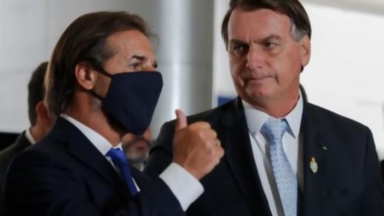 Darwin hizo Periodismo de captura de pantalla en cumbre Bolsonaro-Lacalle — Columna de Darwin — No Toquen Nada | El Espectador 810