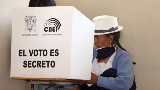 Qué dejó la primera vuelta de las elecciones en Ecuador — La Entrevista — Más Temprano Que Tarde | El Espectador 810