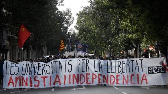 ¿Cómo habla de España la detención del rapero español Pablo Hasél? — Claudio Fantini — Primera Mañana   El Espectador 810