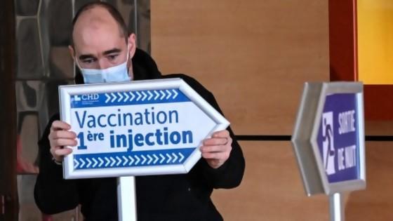 Darwin se erigió en médium del clamor popular por vacunas, otra vez — Columna de Darwin — No Toquen Nada | El Espectador 810