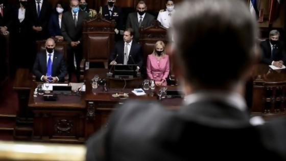 El discurso es de Luis y las vacunas de Salinas — De qué te reís: Diego Bello — Más Temprano Que Tarde | El Espectador 810