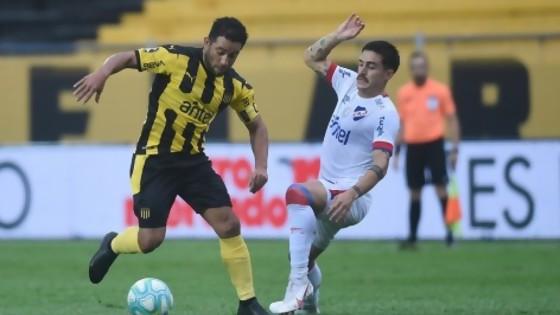 El otro campeonato de Peñarol y el himno de Aguada — Darwin - Columna Deportiva — No Toquen Nada | El Espectador 810