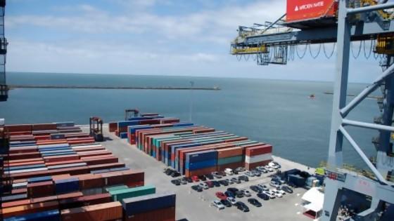Luces y sombras del acuerdo entre el gobierno y Katoen Natie por la logística en el Puerto de Montevideo — La Entrevista — Más Temprano Que Tarde | El Espectador 810