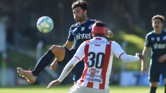 """¿El fútbol uruguayo """"atrasa 50 años""""? ¿Amaral a Peñarol? — Darwin - Columna Deportiva — No Toquen Nada   El Espectador 810"""