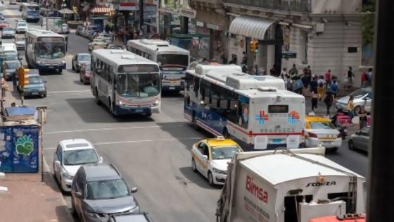 Intendencia de Montevideo aumenta circulación de ómnibus en la ciudad — Qué tiene la tarde — Más Temprano Que Tarde | El Espectador 810