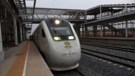 China y los trenes: motores y velocidad — La economía en cuestión: Mag. David Vogel — Más Temprano Que Tarde | El Espectador 810