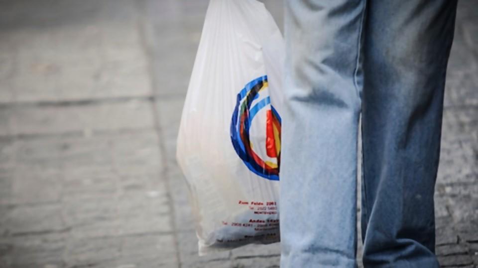 Bolsas de nylon, Cabo Polonio, encuestadoras y Selva Andreoli —  NTN Concentrado — No Toquen Nada | El Espectador 810