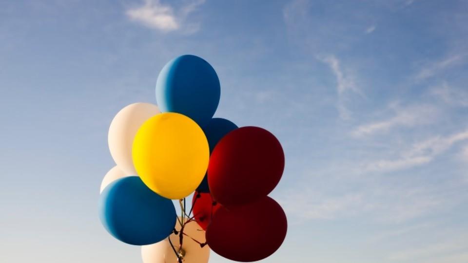 Cumpleaños zigzagueante — De qué te reís — Más Temprano Que Tarde | El Espectador 810