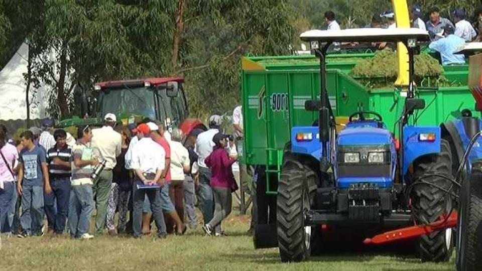 El Poder Ejecutivo aprobó la exoneración impositiva a la industria nacional de maquinaria agrícola —  Audios — Dinámica Rural | El Espectador 810