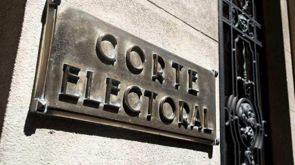 Comenzaron hoy las restricciones de cara al Pre Referéndum del domingo —  Entrevistas — Al Día 810 | El Espectador 810