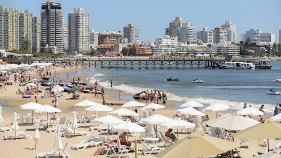 Darwin explica a qué vienen los argentinos a Uruguay — NTN Concentrado — No Toquen Nada | El Espectador 810