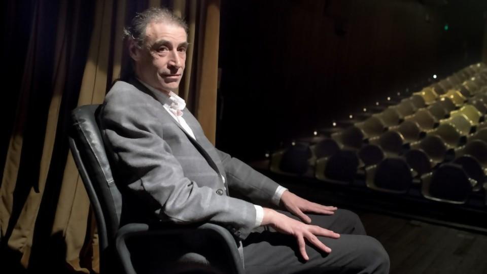 Un presidente de comedia — Audios — Bien Igual | El Espectador 810