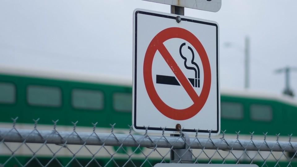 No te fumo —  De qué te reís: Diego Bello — Más Temprano Que Tarde | El Espectador 810