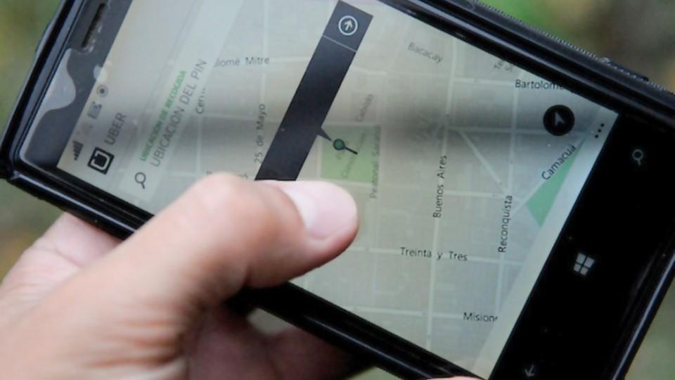 ¿Está bien el lobby que está haciendo Uber con sus mails? —  Departamento de periodismo electoral — No Toquen Nada | El Espectador 810