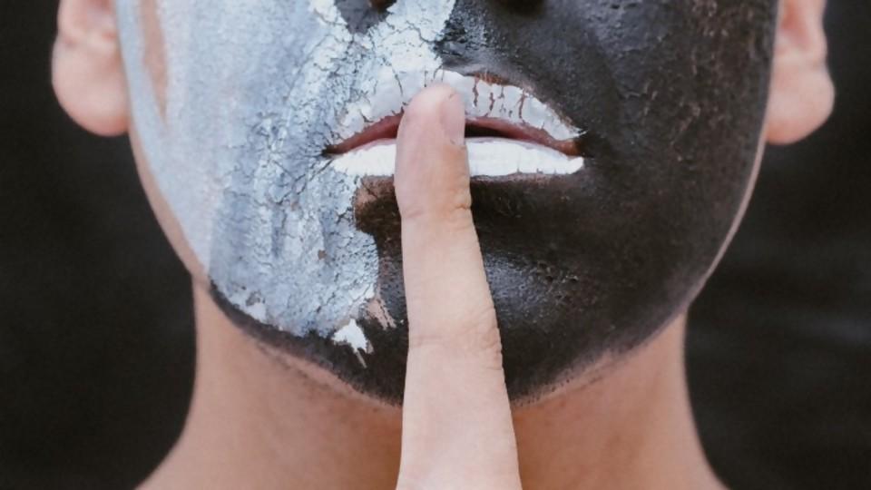 Resumen, noticia y chusmerío barato —  De qué te reís: Diego Bello — Más Temprano Que Tarde | El Espectador 810