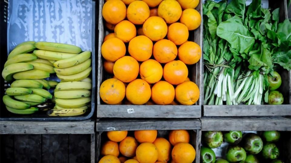 Frutas y hortalizas: oferta abundante y los precios más bajos en 7 años —  Entrevistas — No Toquen Nada | El Espectador 810