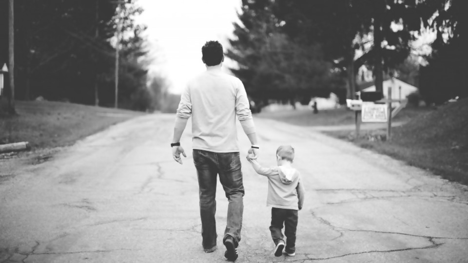 La oportunidad de ser padres —  El mostrador — Bien Igual | El Espectador 810