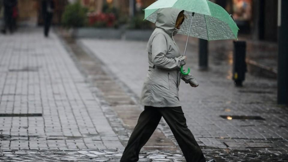 Junio: particularmente cálido y con récords de lluvias —  Entrevistas — No Toquen Nada   El Espectador 810