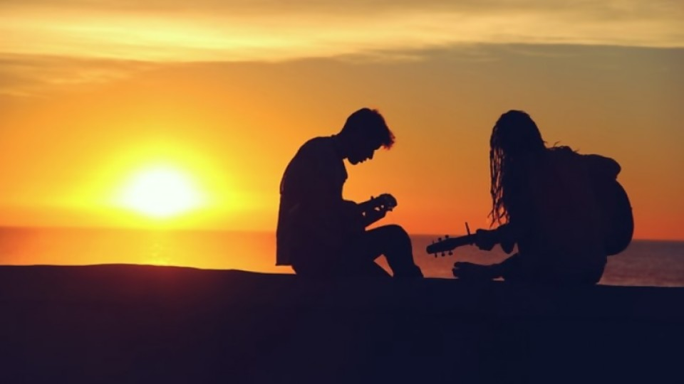 Serenata de amor —  Audios — Bien Igual   El Espectador 810
