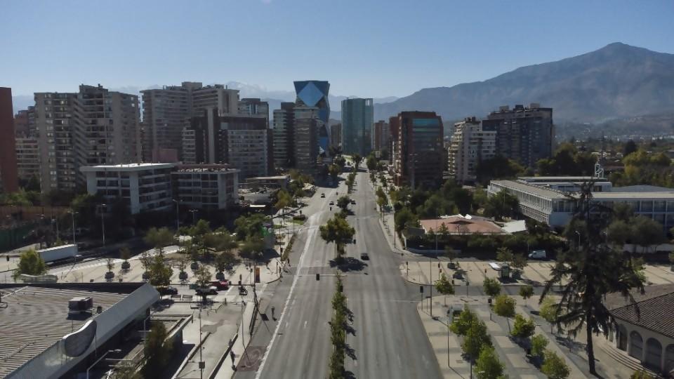 Chile bate récords de vacunación y de personas internadas por Covid-19 —  La Entrevista — Más Temprano Que Tarde | El Espectador 810
