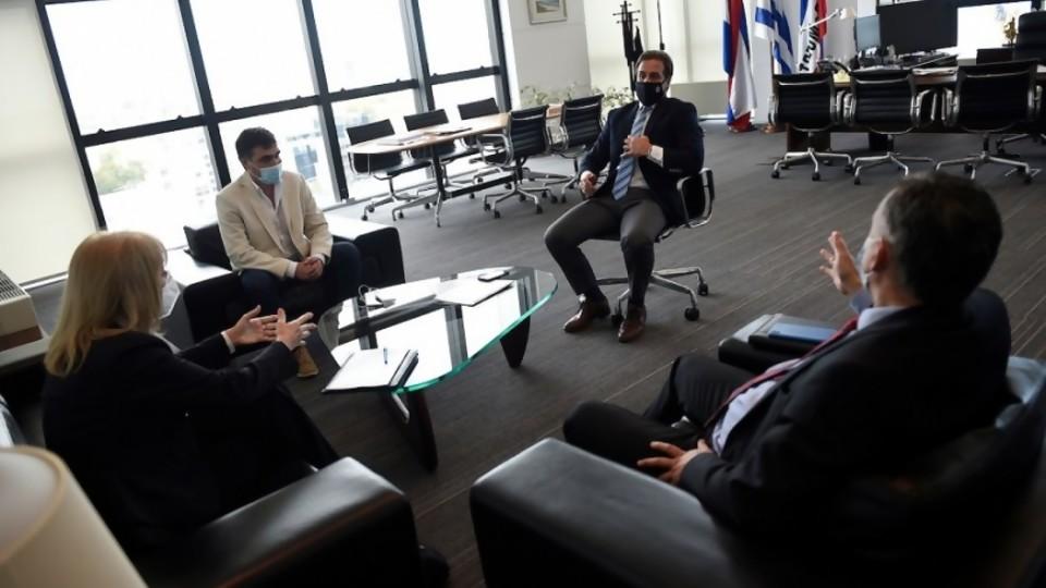 El encuentro de Lacalle Pou con los intendentes del FA y por qué AstraZeneca fue tendencia —  La Semana en Cinco Minutos — Abran Cancha | El Espectador 810