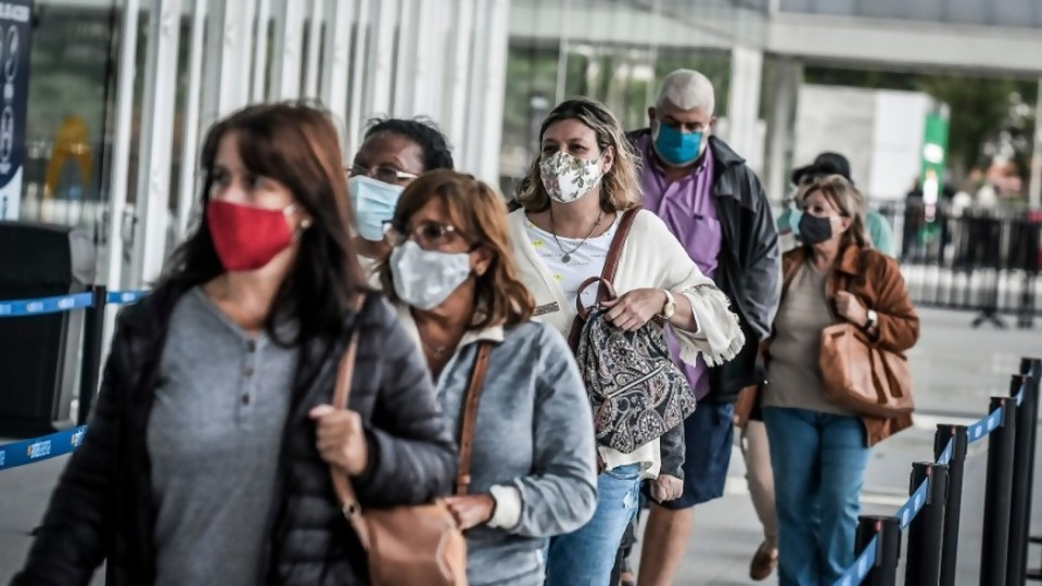 Los desafíos éticos de la pandemia: la mirada filosófica —  Entrevistas — No Toquen Nada   El Espectador 810