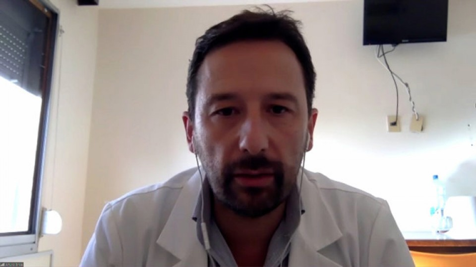 Abril: El peor mes en los 50 años de la Medicina Intensiva en Uruguay —  La Entrevista — Más Temprano Que Tarde | El Espectador 810