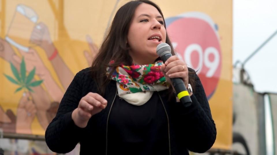 Jornales solidarios: Frente Amplio acompaña el proyecto y propone aditivos —  Qué tiene la tarde — Más Temprano Que Tarde | El Espectador 810