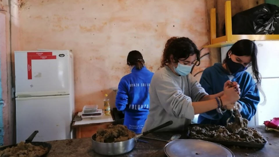 Brazo Solidario —  Centro a la olla — Bien Igual | El Espectador 810