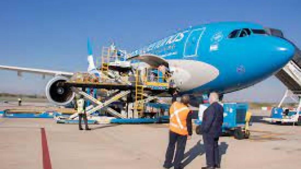 Low cost, líneas de bandera y los avatares de Aerolineas Argentinas —  Audios — Geografías inestables   El Espectador 810