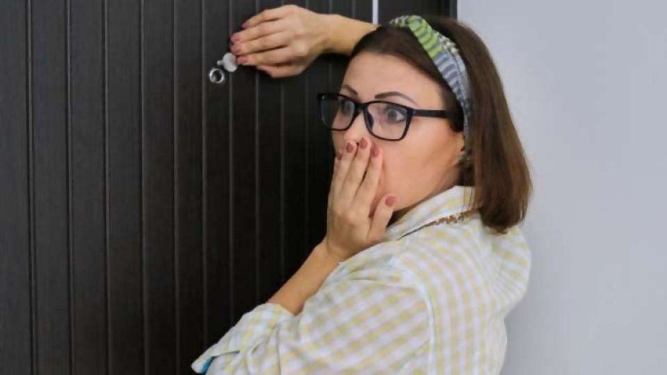 Lío en puerta —  De qué te reís: Diego Bello — Más Temprano Que Tarde   El Espectador 810