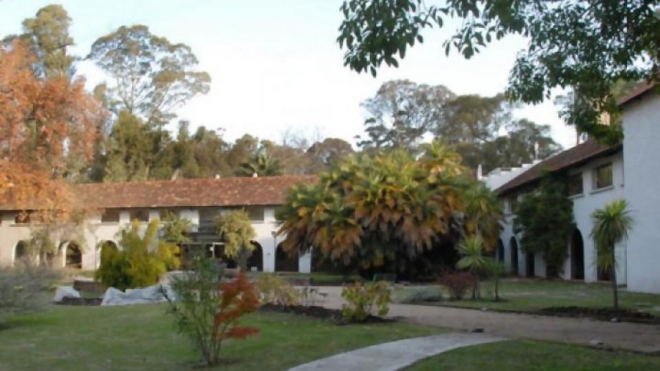 Cedel Carrasco: un polo de estímulo al trabajo y la cultura en el corazón del Parque Rivera —  Qué tiene la tarde — Más Temprano Que Tarde | El Espectador 810
