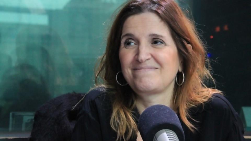 Las series desafían a las aulas —  La Entrevista — Más Temprano Que Tarde   El Espectador 810