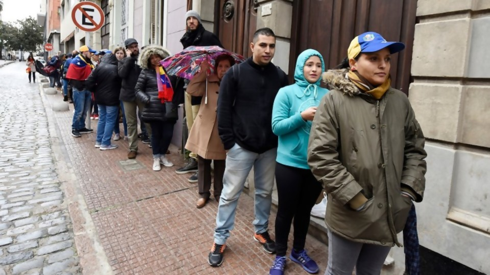 Migración y Ciudadanía —  Qué tiene la tarde — Más Temprano Que Tarde | El Espectador 810