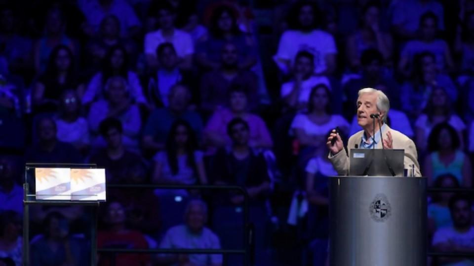 Balance de los compromisos educativos del presidente Vázquez  —  Pedro Ravela — No Toquen Nada | El Espectador 810