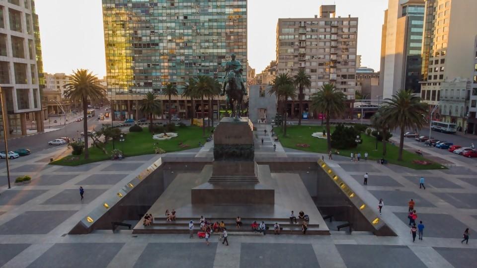 Hollywood en Montevideo —  Qué tiene la tarde — Más Temprano Que Tarde | El Espectador 810