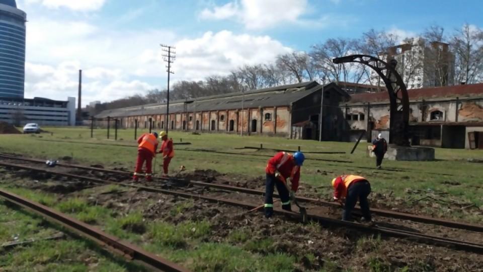 Un nuevo destino para la Estación Central José Artigas —  Qué tiene la tarde — Más Temprano Que Tarde   El Espectador 810