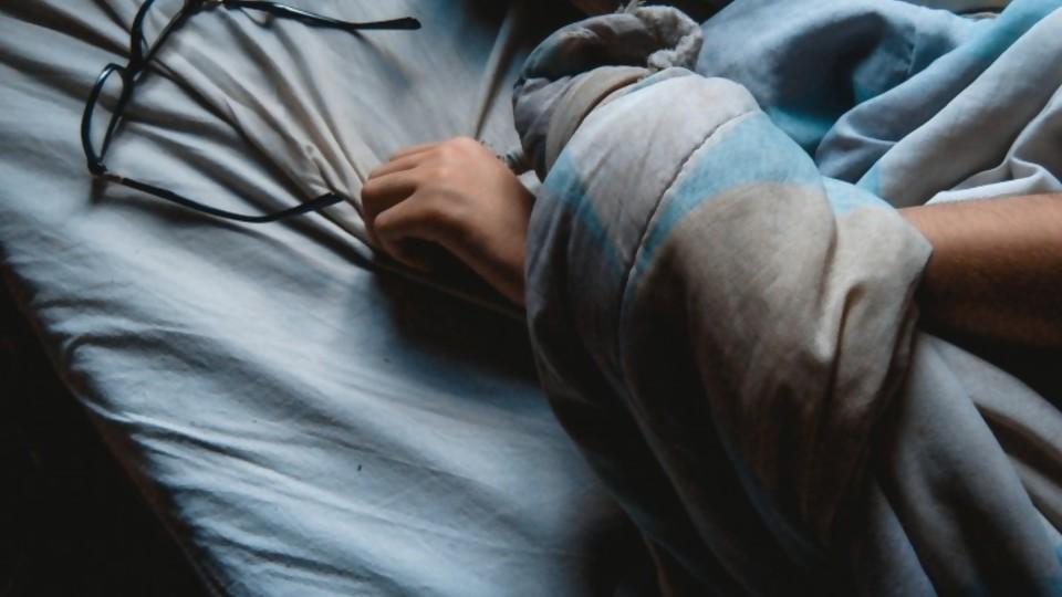 Me dormí —  De qué te reís: Diego Bello — Más Temprano Que Tarde | El Espectador 810
