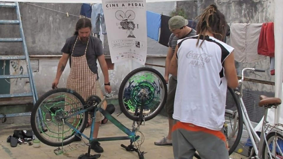 Liberá tu bicicleta está de festejo —  El maravilloso mundo de Moncho Licio — Otro Elefante | El Espectador 810