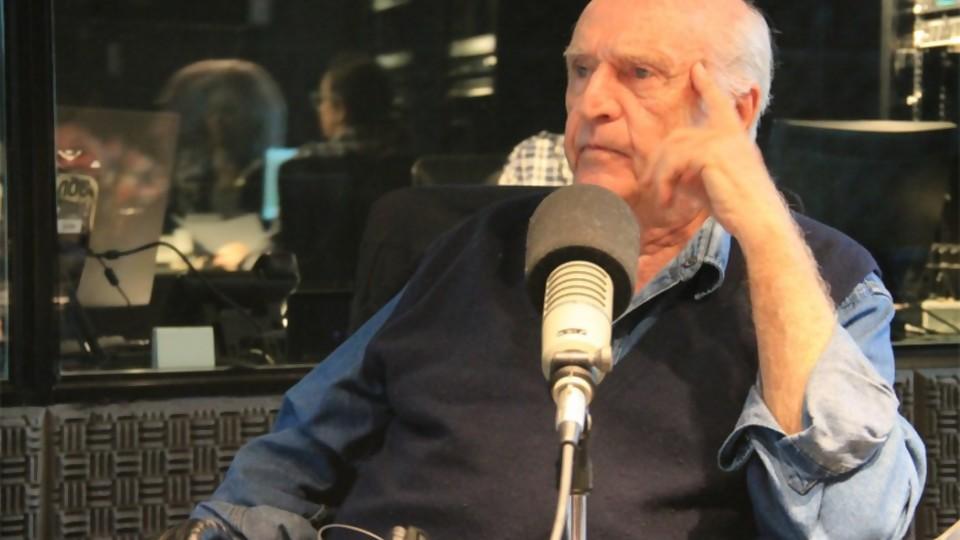 Mauricio Rosencof regresa a su viejo barrio a través de la literatura —  La Entrevista — Más Temprano Que Tarde | El Espectador 810